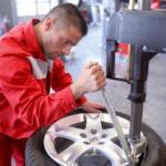 Reifen-Montage 22 Zoll, je Stück, Leistungen und Bedingungen lt. Detailinformationen - Nur gültig in Verbindung mit einem Reifenkauf auf www.atu.de!