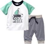 Newborn-T-Shirt und Hose